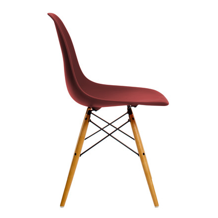 Vitra – Eames Plastic Side Chair DSW, gullig ahorn/oxide red